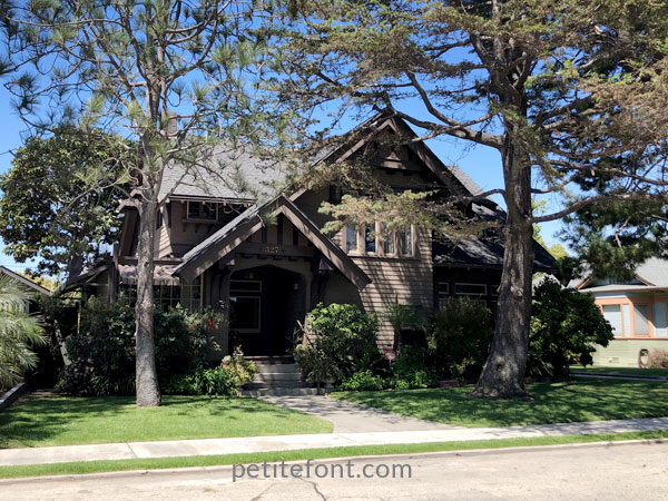 Classic craftsman home in Carroll Park neighborhood near Alamitos Beach, Long Beach