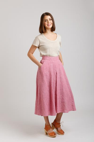 Woman in pink Megan Nielsen Tania culottes against a white background