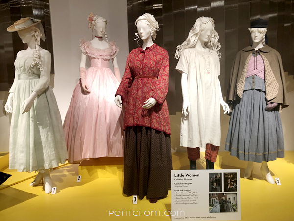 5 mannequins displaying womenswear movie costumes from 2019's Little Women