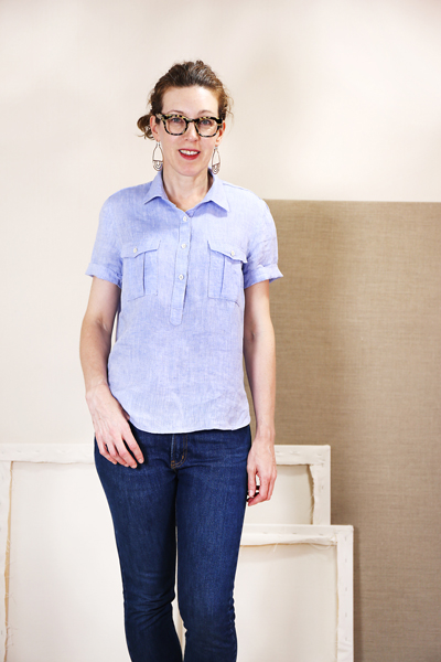 Liesl Gibson modeling her short sleeved popover hack of the Liesl & Co Classic shirt